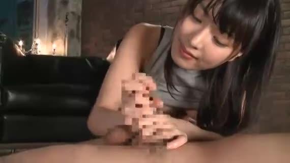 黒髪美少女・由愛可奈が手コキフェラでエンドレス連続射精させるド痴女だった件