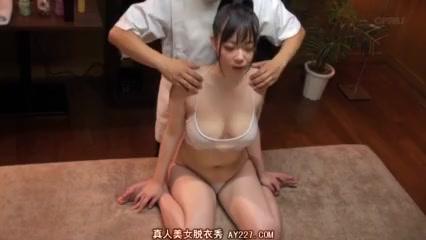 【マッサージエロ動画】巨乳美女が、全身に媚薬オイル塗られてマッサージされてたら全身性感帯になっちゃったw