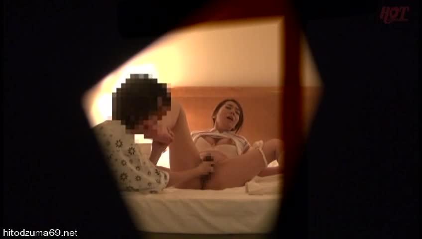 ビジネスホテルで出張マッサージの美巨乳美人妻をハメ倒して中出した一部始終