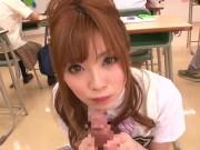 授業中にも関わらず同級生のザーメンを搾り取るビッチなギャル女子高生
