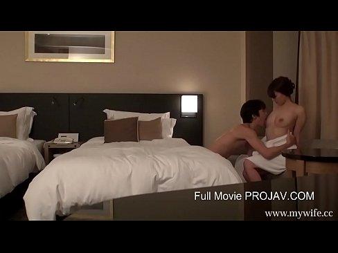 セックスレスに悩む清楚妻の不倫セックスを盗撮