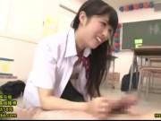 制服ストッキング姿でクラスメイトに騎乗位攻め仕掛ける小悪魔女子高生