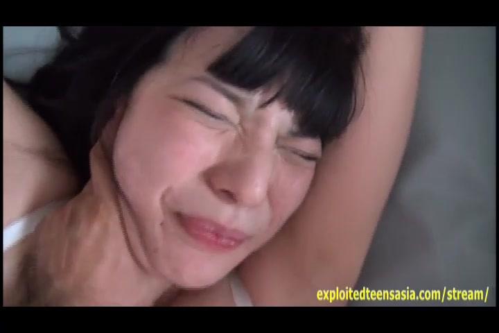 「おかしくなっちゃうよぉ!」童顔巨乳のロリ人妻のアナル開拓ハメ撮り!
