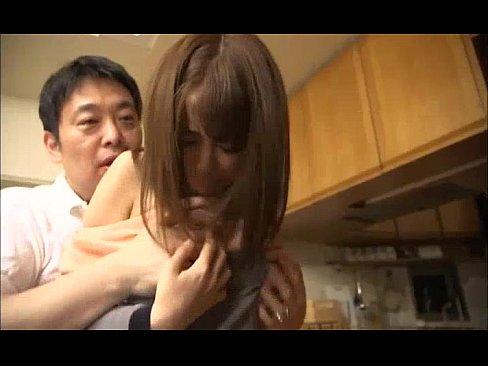 「んんっ…だめっ」旦那の上司に迫られ抵抗出来ずに犯される美人妻w