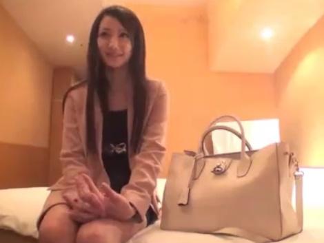 【ハメ撮りエロ動画】お金のためにハメ撮りされちゃう女の子が可愛すぎる!