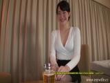 【人妻エロ動画】鞭いⅯ対のエロい体した美人な人妻を目隠しして弄りまくるw