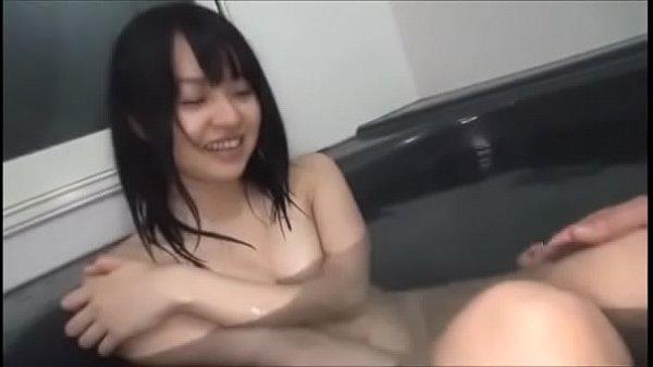 すっかり女の身体に成長した美少女な妹と一緒に入浴して近親相姦パコする変態兄