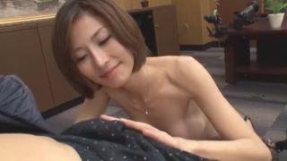 スーツ姿のメス豚お姉さんが面接中に若いチンポに性欲と性行動が高まる状態パコ!