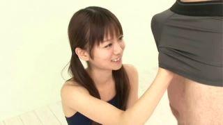 スク水ロリの手コキフェラで濃厚ザーメン大量顔射!