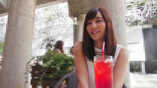 【素人エロ動画】透け透けパンティー履いたやらしい美乳お美女とまったりハメちゃうw