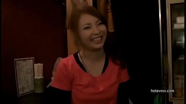 大阪まで看板娘求めてナンパしに行きお好み焼き屋ギャルを店内パコ