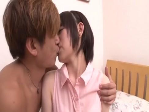 【山中みちる】激カワ美少女(18歳)とイチャラブ中出しセックス!終わった後に一緒にお風呂でさらに抜いちゃう!