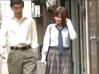 紺野ひかる女子校生が顔を赤らめながら我慢できないデカチンに腰振りのロリ系動画
