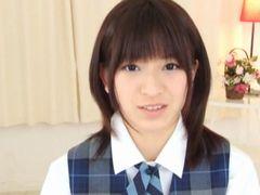 【成宮ルリ】激カワロリフェイスの制服女子高生が予告中出しでオヤジとセックス