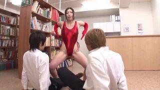 図書館で変態にされた女教師