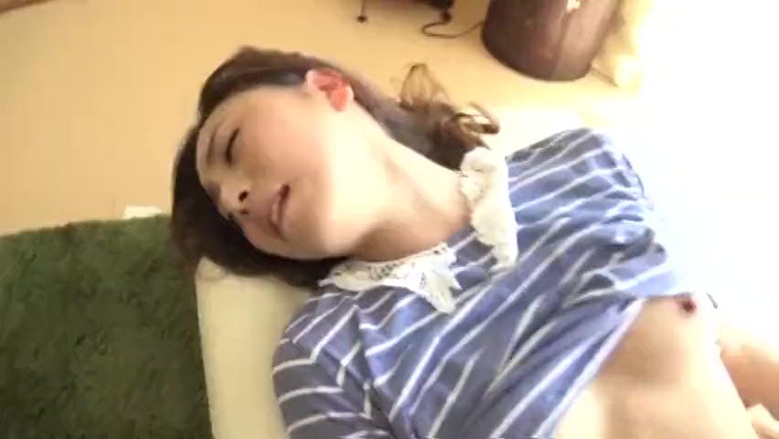 【人妻エロ動画】ナンパした美人人妻が謝礼に釣られてよがりまくるw