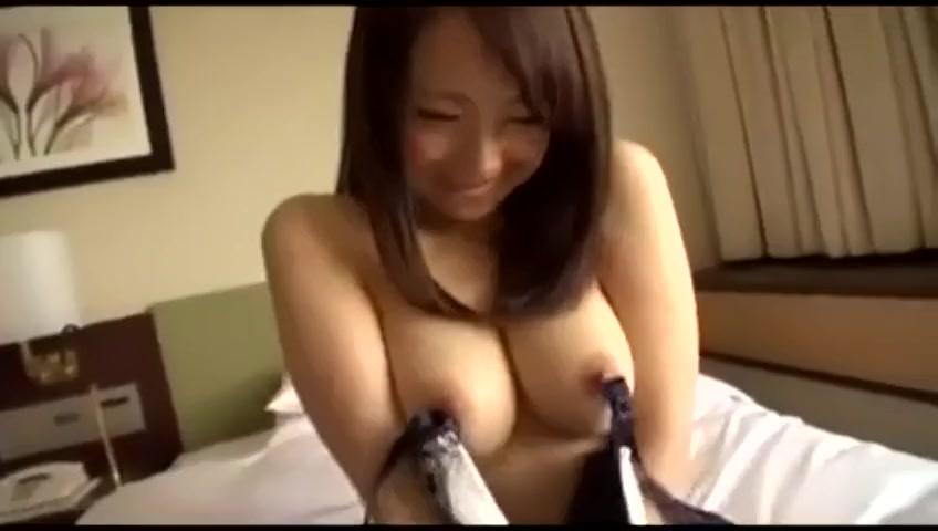 【素人エロ動画】スレンダー巨乳の素人美女とハメ撮り!