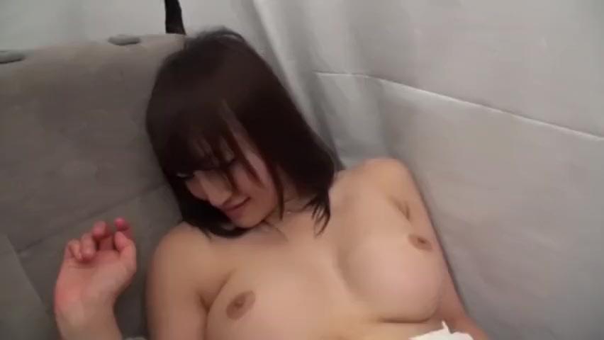 【素人エロ動画】巨乳の素人美女と激しくカーセックスw