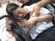 ミニスカすぎる制服JCやJKが緊縛状態で変態キモ男に乳首を吸われるのロリ系動画