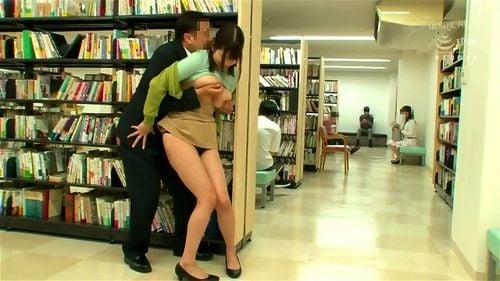 助けてほしいけど声も出せない!図書館で巨乳美女がサイレントレイプ