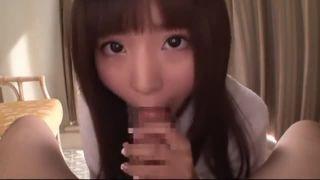 美少女小中学生が四つん這いで男たちのバックに喘ぐハメ撮りプレイのロリ系動画