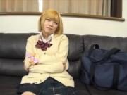 ツインテールのJC校生が可愛い顔に熱々精子をぶっかけられるのロリ系動画