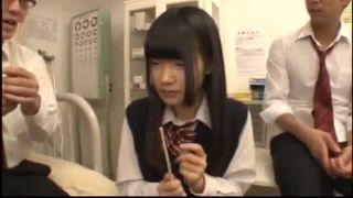学校帰りの女子校生がオイルまみれのM字開脚騎乗位プレイの学生系動画
