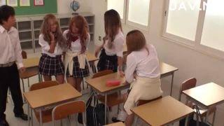 痴女みたいな女子高生が上京したばかりの子をナンパ、ハメ撮り!!純粋だかの学生系動画