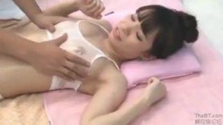 淫れる女子高生がちっぱいを好き放題に揉んでからヤっちゃいますの学生系動画