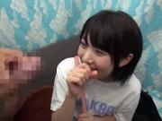 夏服の女子高生が深く繋がるSEXの学生系動画