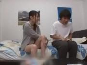 ビッチなJKが恥ずかしいパイパンまんこ丸出しでグラビア撮影の美少女動画