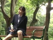 ロリボインな女子中学生がマングリ返しで可愛いパンティ披露の校生系動画