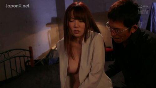 「もうヤメてぇ!」諜報員の女が恋人を目の前に性拷問を受けて…