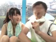 ノーブラ中学生がパンティ丸見え状態でプリケツを振る誘惑の校生系動画
