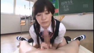 《痴女転校生》S級美少女が同じクラスに…!パンチラ・巨乳おっぱいで誘惑してきて逆レイプに…♥【高橋しょう子】