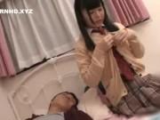 下着フェチに捧ぐ小中学生が乳首フル勃起状態でマスク男に舐め回されるの学生系動画