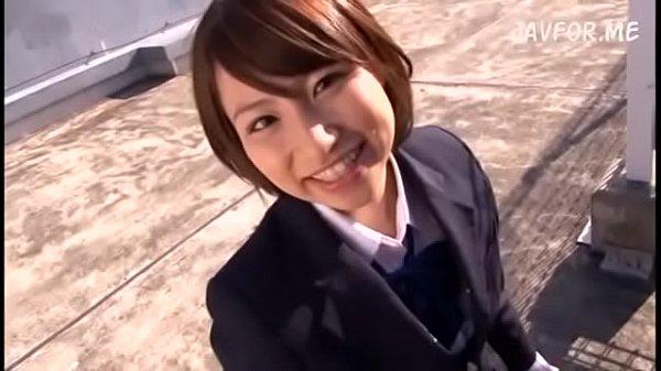 美少女セーラー女子校生が四つん這いでおっさんのバックに喘ぐの学生系動画