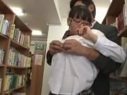 体操部のJSが温泉で変態父親とまんことチンポを舐め合うの美少女動画