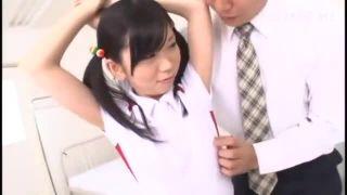 援助交際流出されたJCやJKがおっさんたちに腰を掴まれる生ハメにイキ狂うの校生系動画
