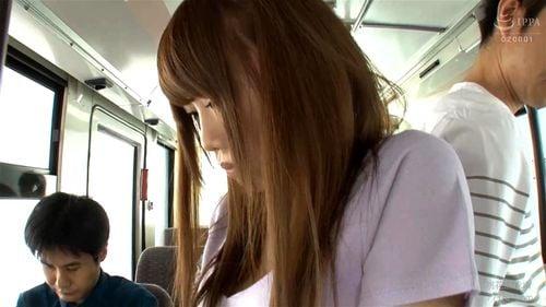 「いやだ!離して!」運転手もグル!?レイパーだけのバスに乗ってしまった美少女