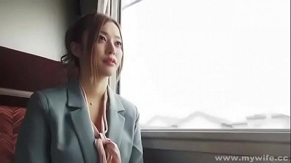 素人さんと電車旅行してハメ撮り