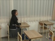 中学生時代の校生がホテルでおっさんのチンポを生フェのロリ系動画