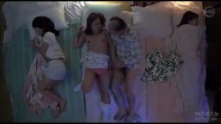 お風呂の校生がローションまみれのマンコを擦りつけ合うの美少女動画
