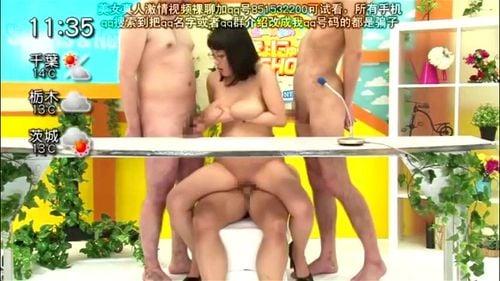 「チンポが下から突き上げています!」SEX実況中継してくれる巨乳女子アナ