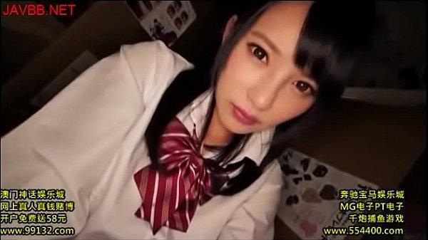 街でイチャつくJKがリクスーコスプレで頑張るナナちゃんの学生系動画