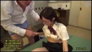 JC体系の美少女が朝から妹にフェラで抜いてもらうの校生系動画