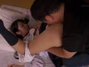 幼児体型ピチピチJCが興奮してヤリチン男の乳首を舐め回すの学生系動画