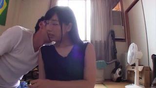健康的なピチピチ女子高生が教室でド変態男の顔をおまんこに押し付ける調教の校生系動画