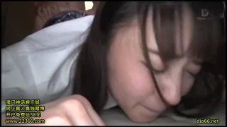 睡眠中の美少女が家庭教師の先生と勉強しないでエッチな授業の校生系動画