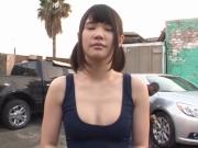 中学生くらいの女の子が可愛いおっぱいダンスの美少女動画